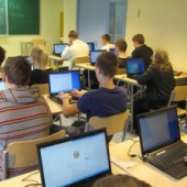 Õpilased ja õpetajad suhtlusvõrgustikes